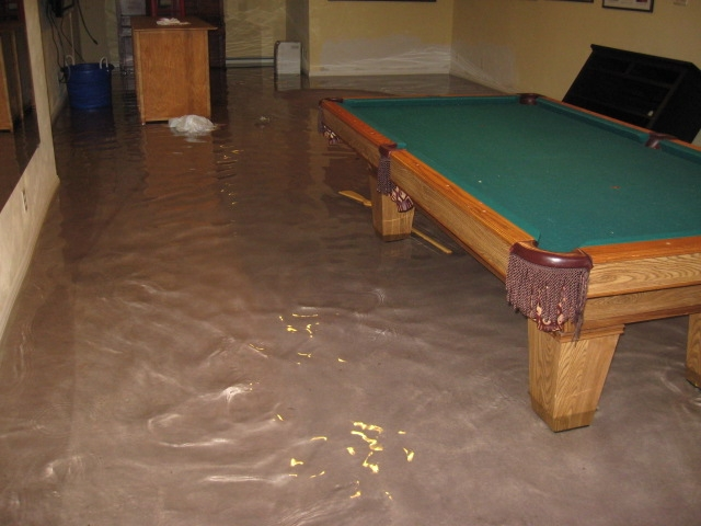 Warning signs of basement flooding basement solutions for Crawl space basement conversion cost